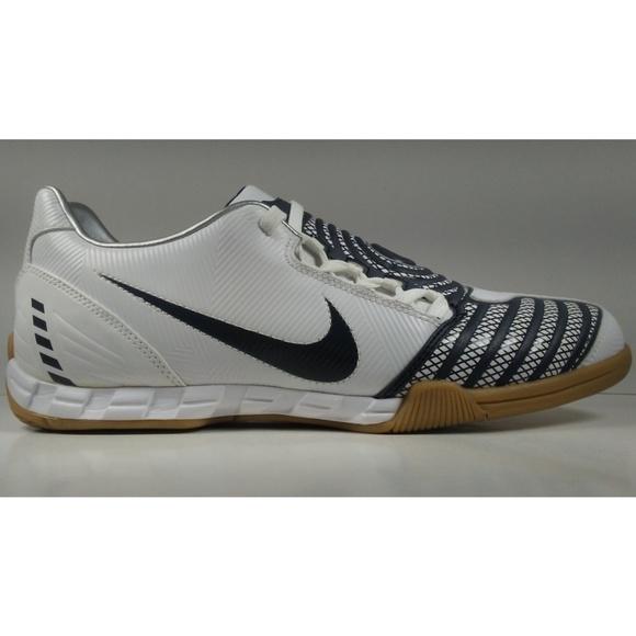 94c9300a6e7 Rare 2008 Nike Total90 Shoot ll IC Soccer